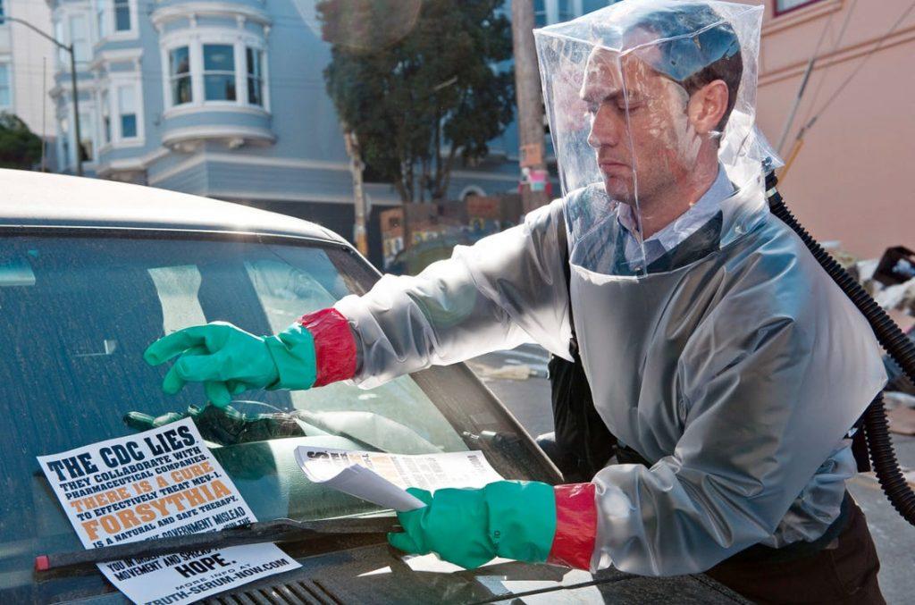 جود لا در فیلم شیوع که در مورد ویروس بیماری زا می باشد
