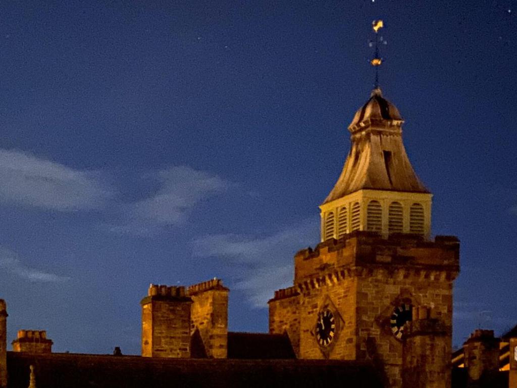 آیفون 11 پرو- حالت شب-بزرگنمایی