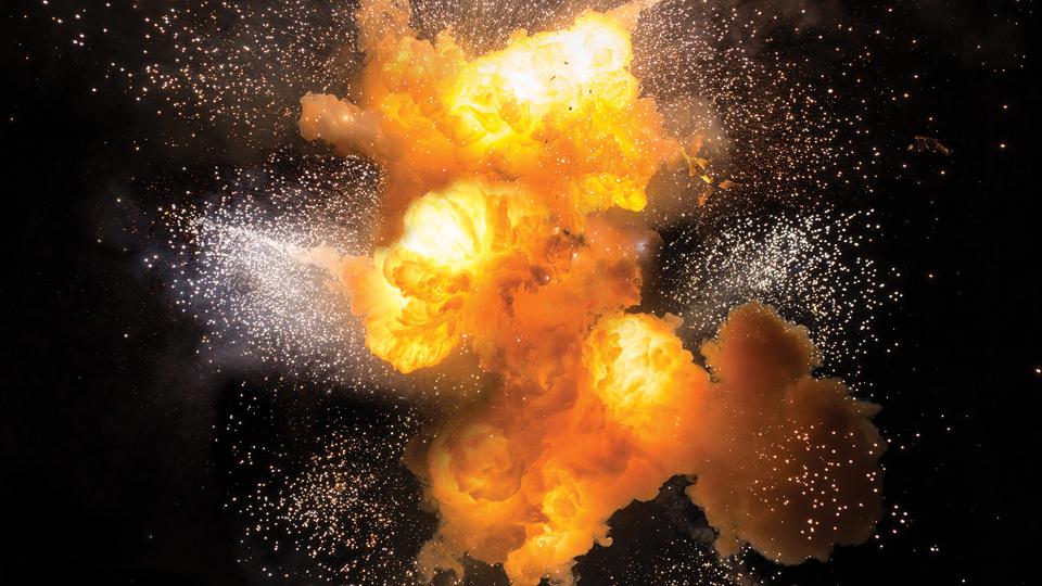 چطور انفجار پودر رخ می دهد ؟