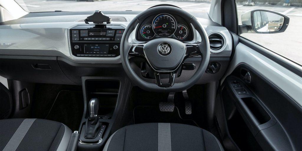 بررسی فولکس واگن آپ ، یکی از بهترینها در خودروهای شهری 10