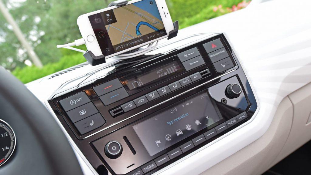 بررسی فولکس واگن آپ ، یکی از بهترینها در خودروهای شهری 1