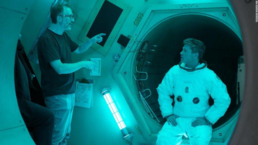 جیمز گری و برد پیت در فیلم Ad Astra