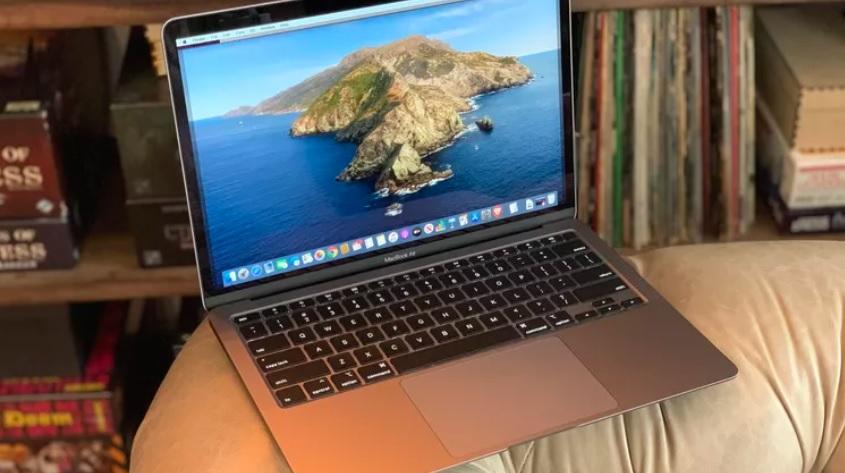 مک بوک ایر- MacBook Air_ ریون مگ