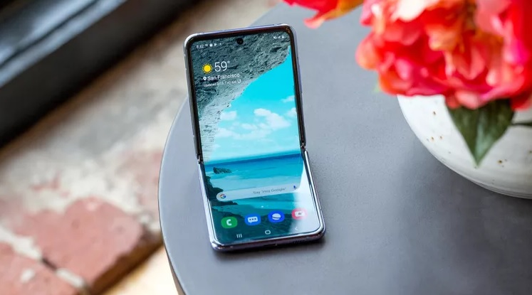 Samsung Galaxy Z Flip 5G_ ریون مگ