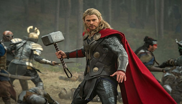 کریس همسورث در نقش ثور
