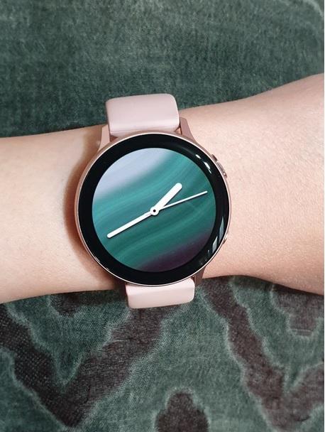 2. ساعت هوشمند سامسونگ مدل Galaxy Watch Active2 44mm_پر فروش ترین ساعت های هوشمند سامسونگ3_ریون مگ