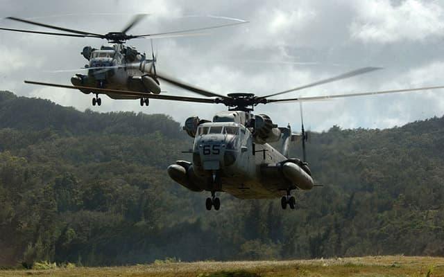 10 هلیکوپتر ترابری سنگین برتر